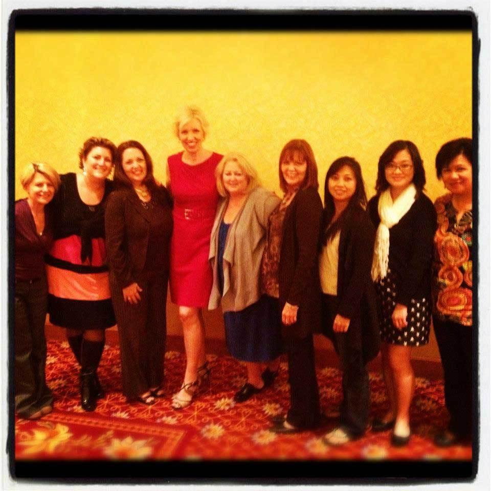 big-social-summit-las-vegas-2012-mari-smith-elaine-lindsay