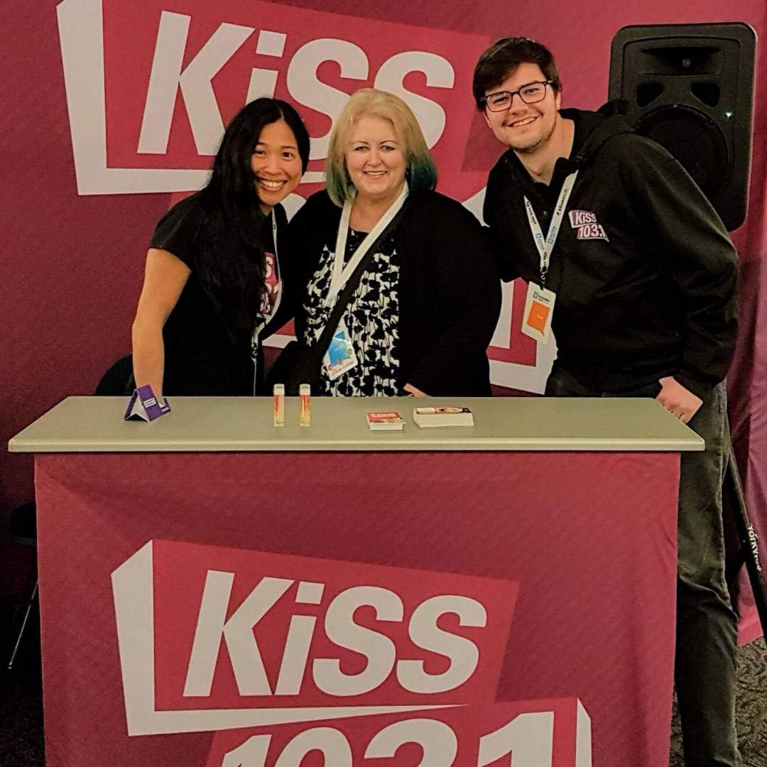 KISS-morning-crew-elaine-lindsay-victoria-bc